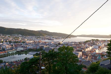 Apartment with panoramic view of Bergen - Bergen