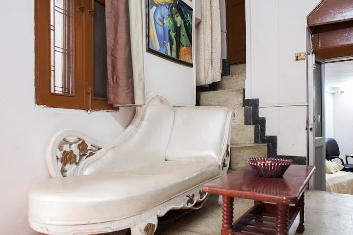 AC room+Wifi+Terrace,Attached Bath - New Delhi - Apartemen