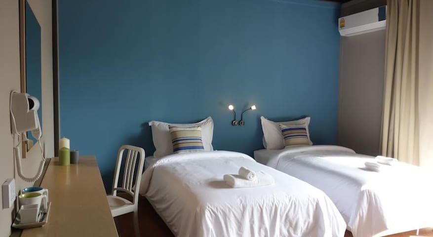 Tantalizing Twin Room in Phi Phi! - Ao Nang - Apartmen