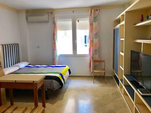 Bonito apartamento urbanización privad con Parking - Granada - Flat