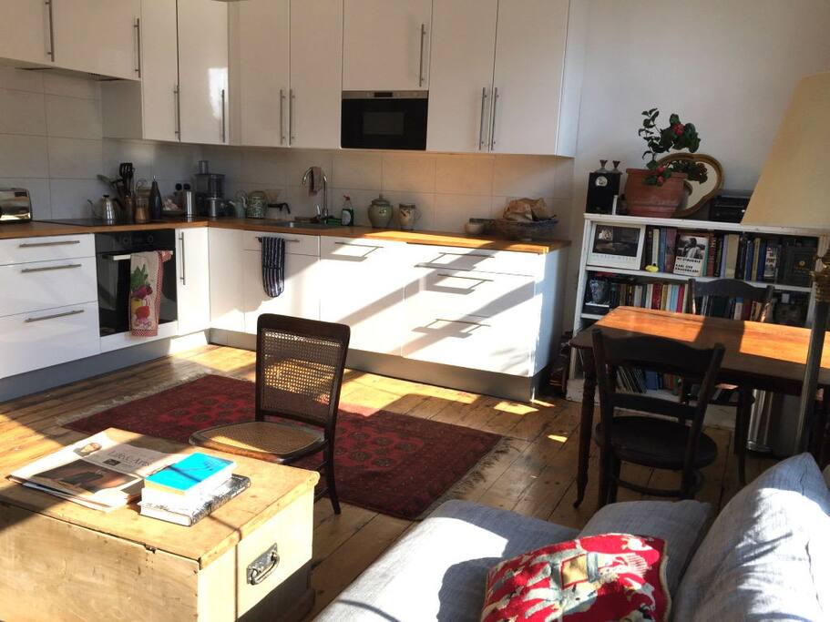 Kitchen / living room – amply stocked for cooks.