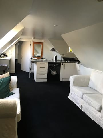 Cosy Attic Flat in an historic building