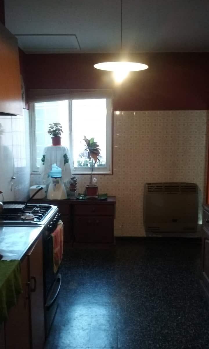Habitación individual con desayuno