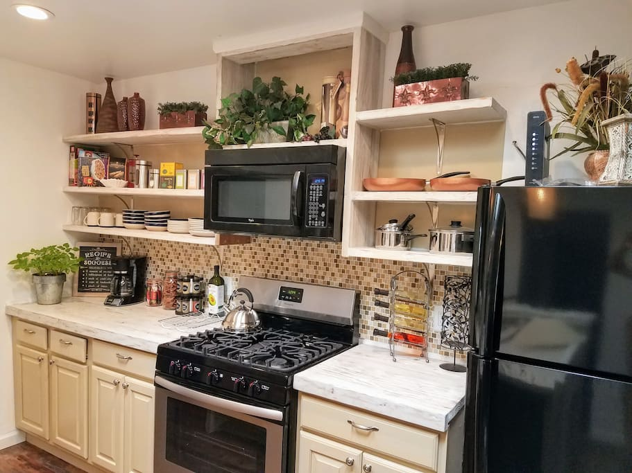 Modern rustic bungalows for rent in albuquerque new for Rustic home albuquerque