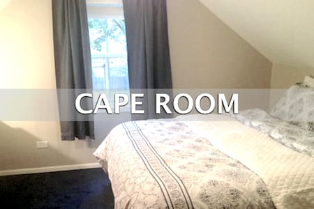 Med Students on Short Term Rotation Cape Room - Oak Lawn