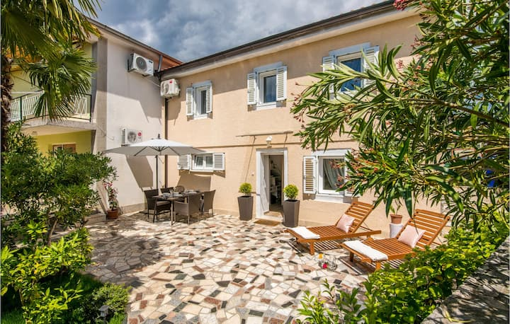 Nice home in Malinska with WiFi and 2 Bedrooms