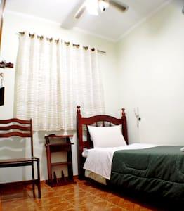 Apartamento Single/ Single Room - São Paulo