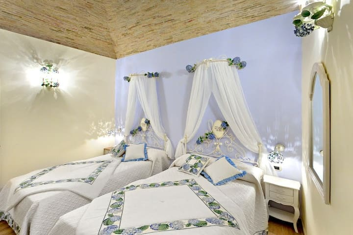 La Maison Rosastella B&B in centro - Lucera - Bed & Breakfast