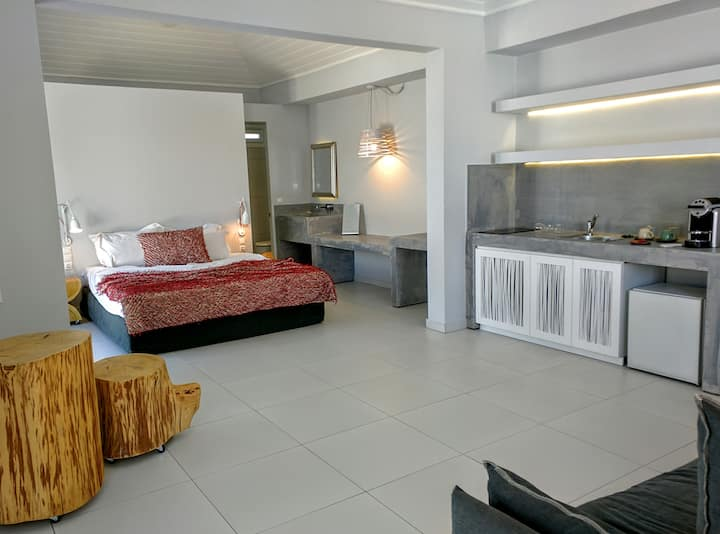 Apartment Elegance Pool / Garden Enclosed Mytilene
