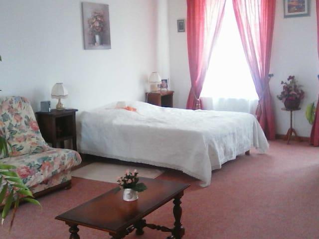 Les Lierres(autre chambre) - Saint-Aubin-en-Bray