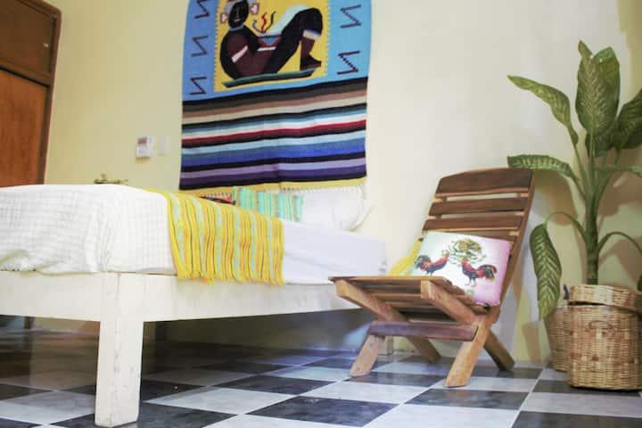 Double Room~Priv Bathroom ** | Casa Santaella