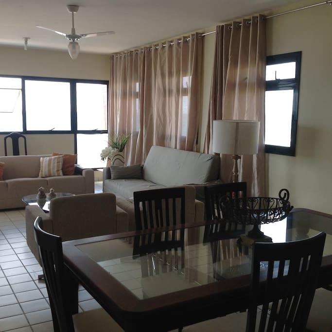 Sala Vista Direita Living & Dinning