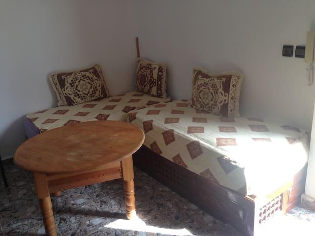 Petit appartement à 50m des plages - M'diq