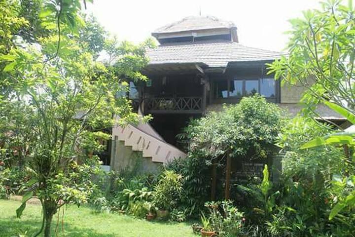 Tranquil Rice Field Floor in Bali Hai Villa - Tampaksiring - Apartment