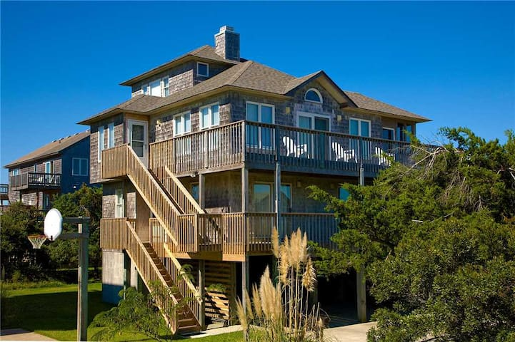 Spacious Family-Friendly Home. Oceanview w/ Screened in Hot Tub - 113