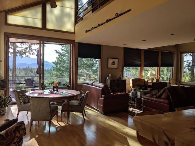 Private Room in Beautiful Mountain Getaway