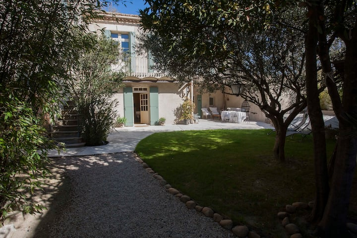 House Provencal of the 18th, plung-Pool-Spa