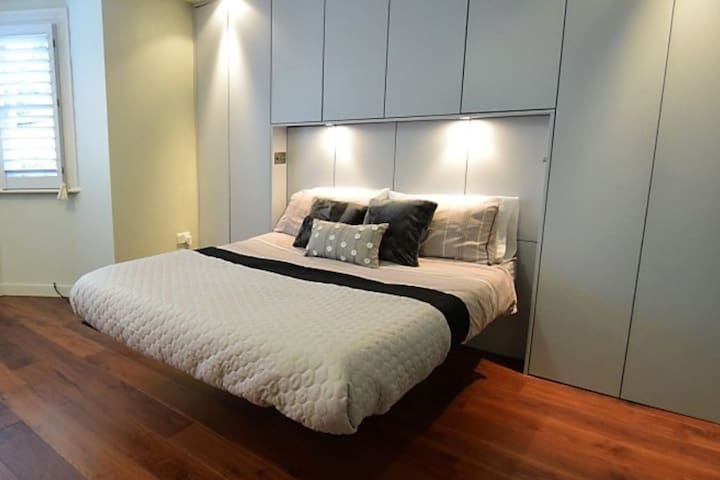 Hotel-Style Ensuite & Patio near London & Tennis - Londres - Apartamento
