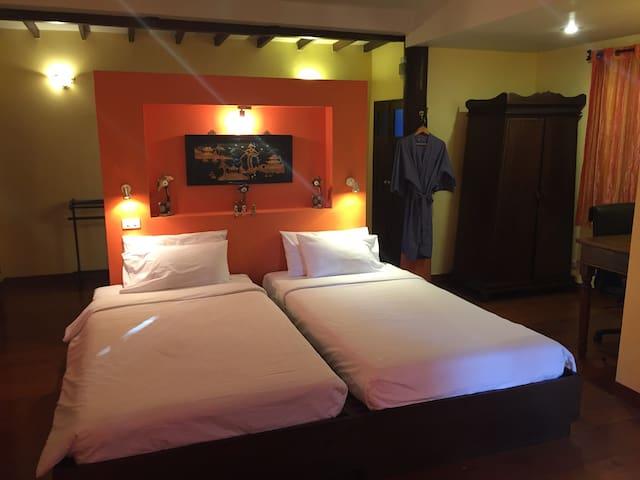 梦花园私家别墅度假村 泳池大床房1(连住三晚免费接送机) - Chiang Mai - Vila