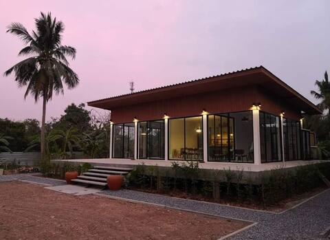 Baan Suan Sammiti,Thai Garden House
