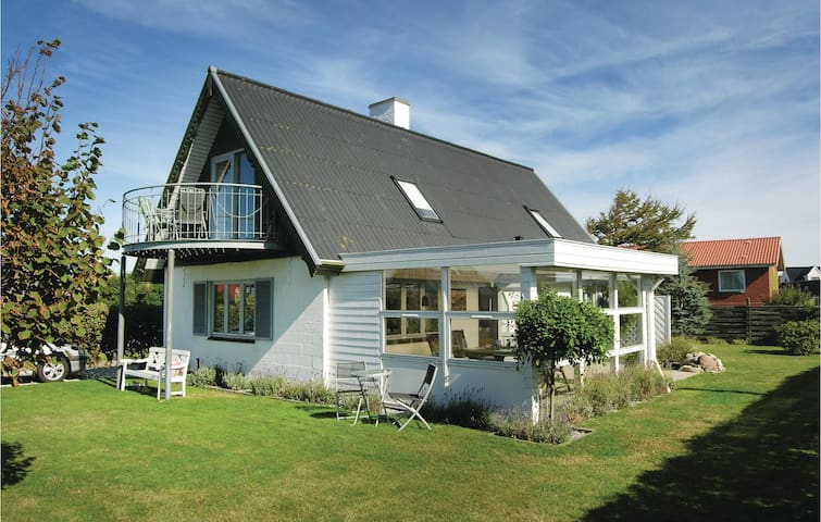 Holiday cottage with 2 bedrooms on 121m² in Bagenkop