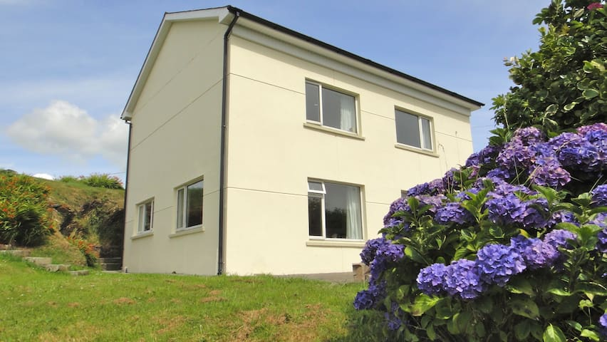 Neates House Myross Island, Union Hall, Cork
