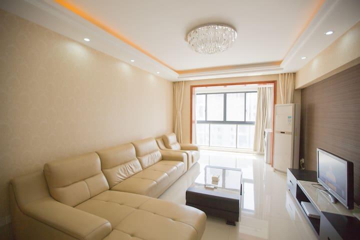 时光五号(河埒口地铁站万达广场全新装修2室2厅靠近各大景区和商业中心) - Wuxi - (ไม่ทราบ)