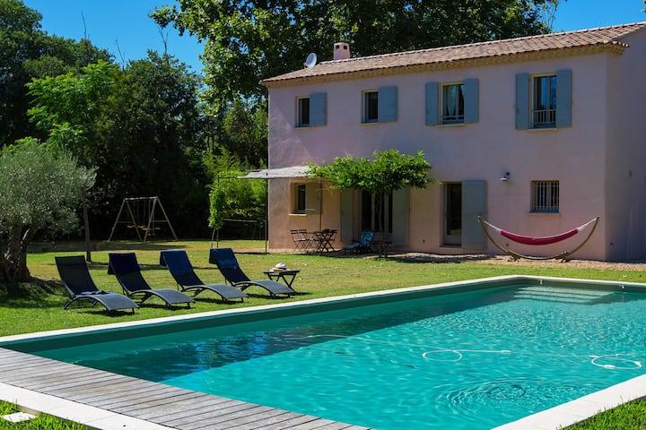 Mas du Grès : piscine chauffée, pétanque, tennis