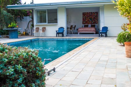 Idyllic studio with private pool