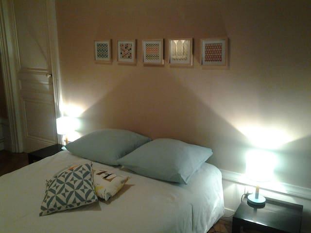 chambre plein centre