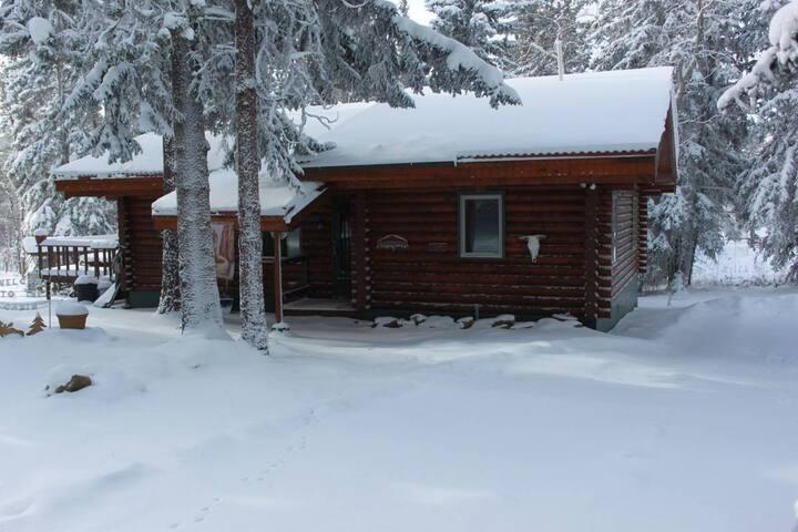 Deer Pass Lodge