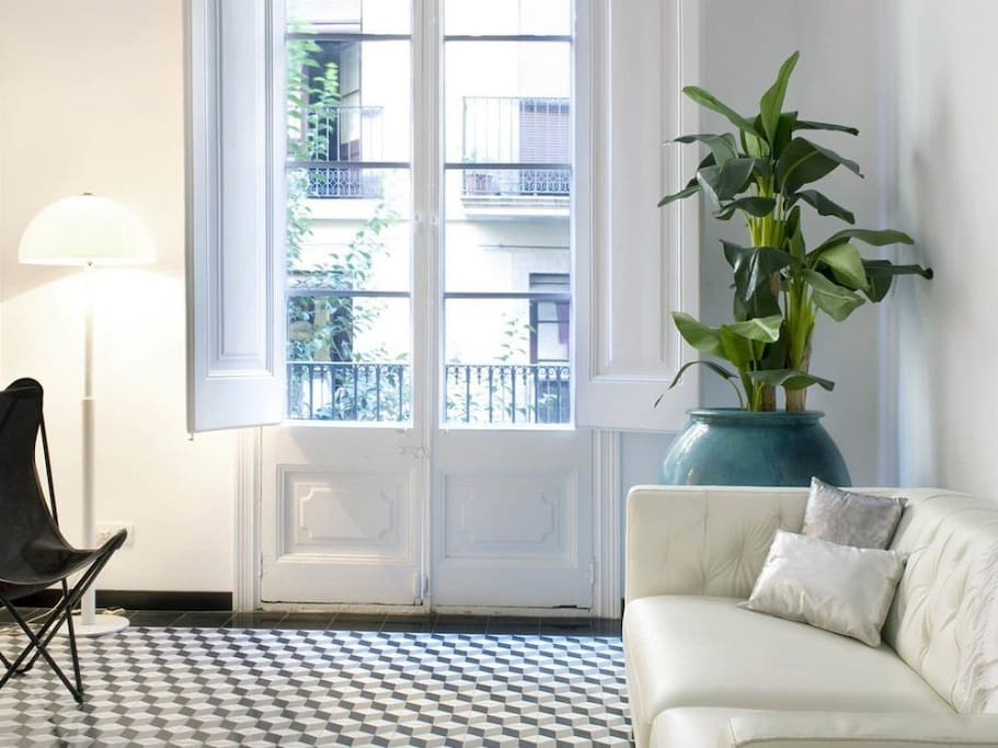 Suite bedroom 3p balcony eixample s antoni - Asciugatrice in balcone ...