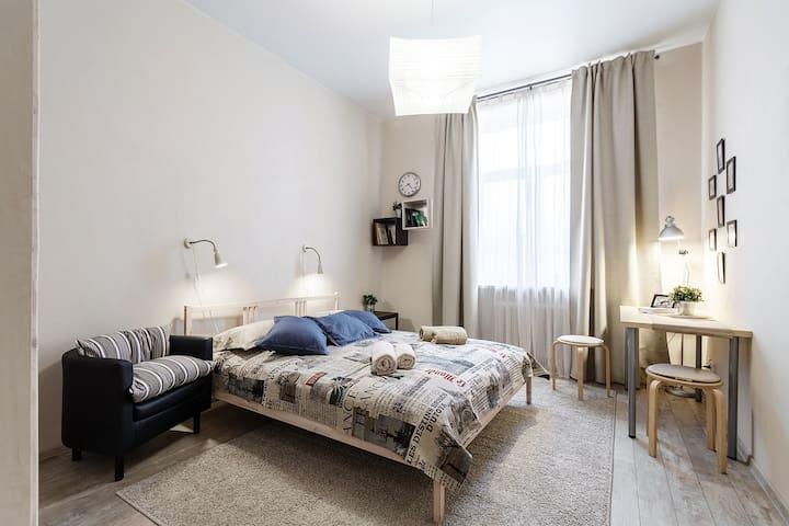 Best deal! Spacious apartment on Nevsky prospect