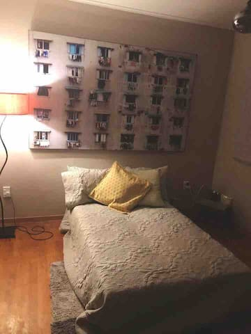 Relaxed room, papakura. 20 mins from airport