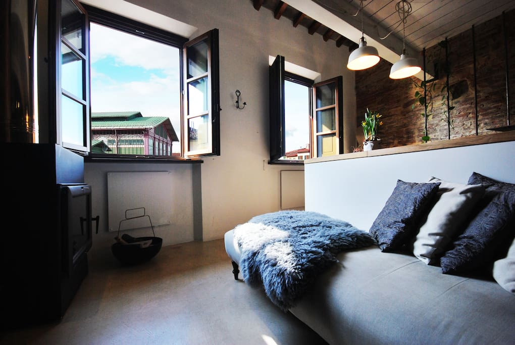 your panoramic Loft look at the Mercato Building