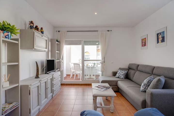 Charming Holiday Apartment Zahara close to the Beach with Terrace & Shared Pool