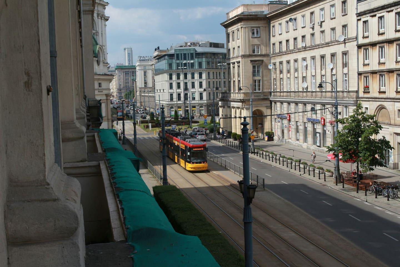 Widok na pl. Zbawiciela View of pl. Zbawiciela
