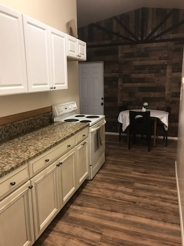 Cozy Country Apartment in Quiet Camp Verde!