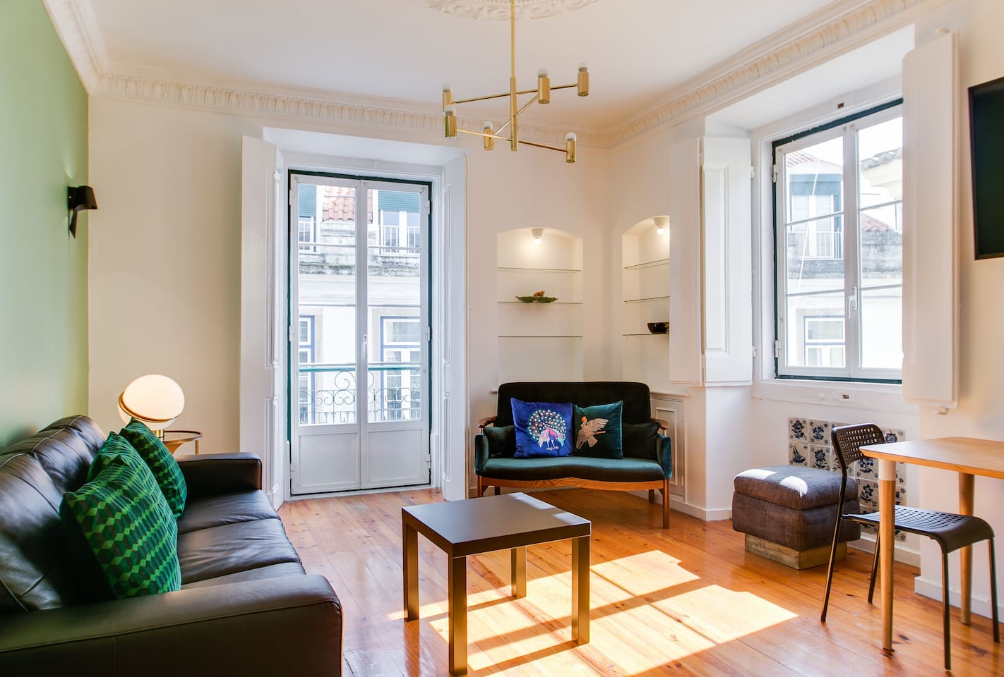 Our large 2 bedroom apartment has just been fully renovated and decorated with an eye for detail.