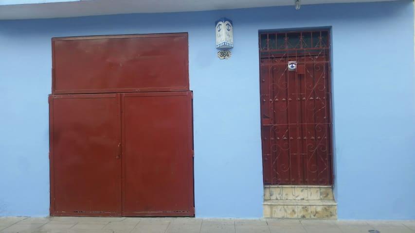 Casa de renta los Vallejo's