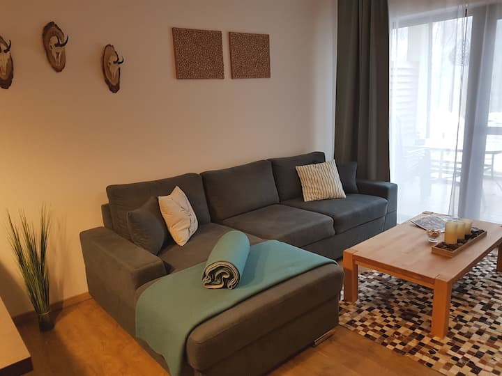 Nice 75m² apartment with fireplace in Flattach