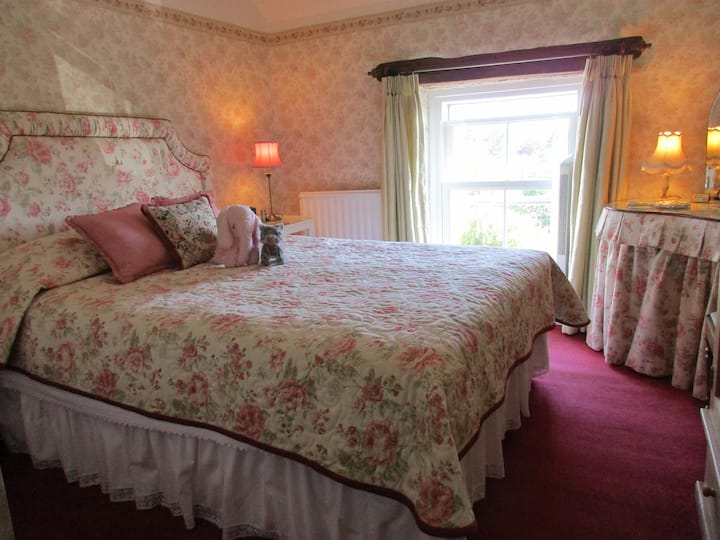 Queen Room with Countryside view Tansley