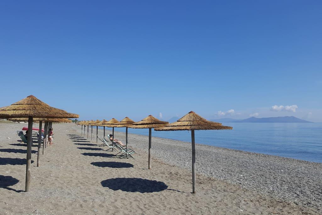 Cicero-Beach con vista Isole Eolie