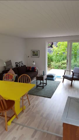 Summerhouse modern 150m to Beach - Ølsted - Hytte