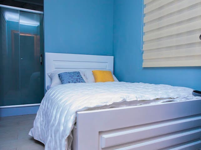 Smart 2Bed en-suite Container Home in Gated Com.