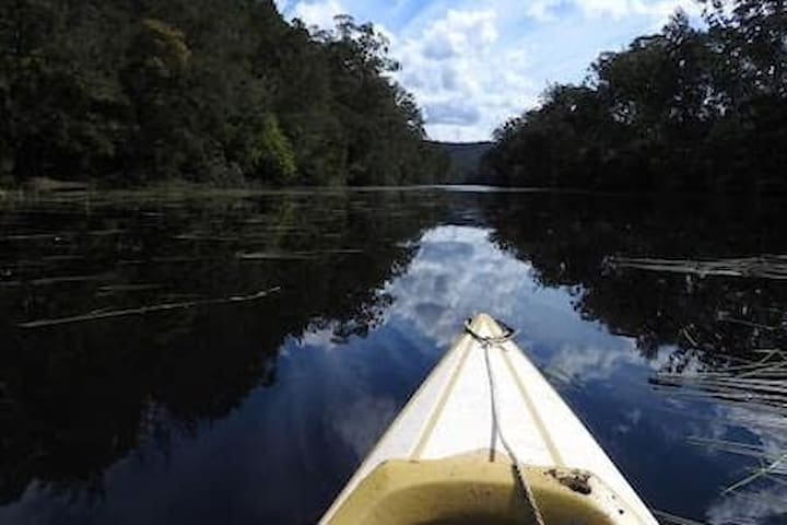 Access to one of the deepest sections of the pristine Clyde River provides fantastic swimming, kayaking and fishing opportunities