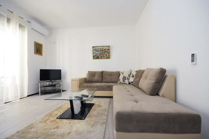 Modern one bedroom apartment in the heart of Budva