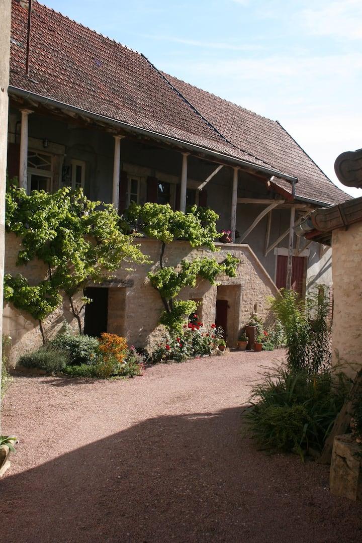 """""""La vigne vieille"""" grande chambre d'hôtes"""