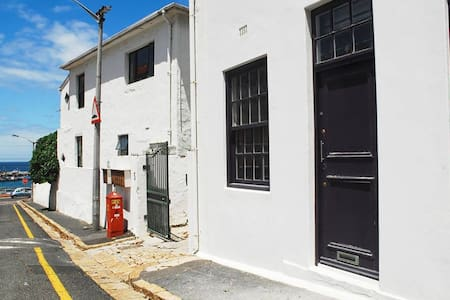 Windsor Studio - Cape Town