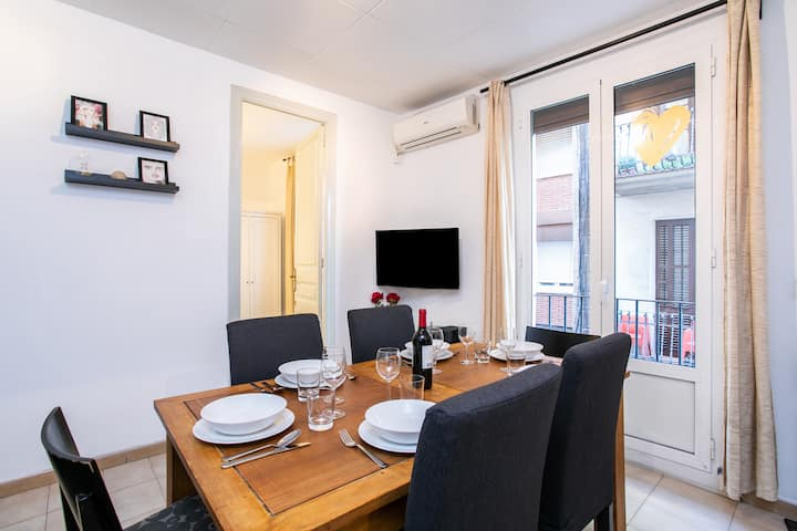 Bright apartment perfect for families in Gracia!!!